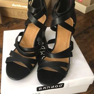 NWT Bamboo Taste Heeled Sandals size 10